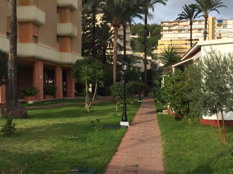 Apartment for sale in la Carihuela (Ref. 00048)